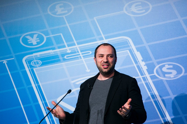 Jan Koum giving a presentation